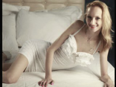 samanthafox@hotmail.com + 1