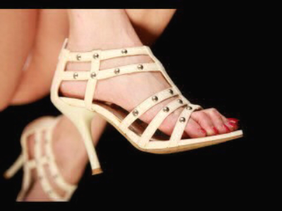 samanthafox@hotmail.com + 3